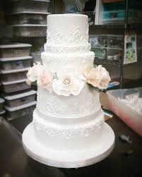 wedding cake no fondant i do wedding cakes home