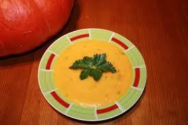 cuisine citrouille recette de soupe à la citrouille la recette facile