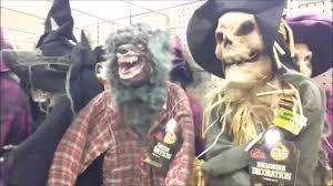 vancouver spirit halloween worlds best halloween trick or treat store aisle youtube