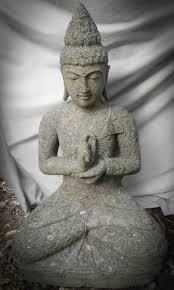 statues de jardin en pierre statue de bouddha assis position chakra en pierre volcanique jardin 1m