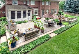 Paver Patio Designs With Fire Pit Chicago Paver Patio Designs Traditional With Stone Walls