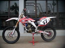 metal mulisha motocross boots honda crf 250r 2007 twotwo motorsports guilherme pohl 17 u0027s bike