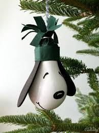 diy snoopy ornament and a free charlie brown christmas printable