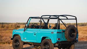 old land rover defender a vintage land rover defender perfect to forget monday blues