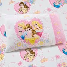 Frozen Toddler Bedroom Set Amazon Com Disney Princess Castle Dreams 2 Piece Sheet Set