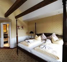 Schlafzimmer Bett Mit Erbau Hotel Niederlandischer Deutschland Schwerin Booking Com