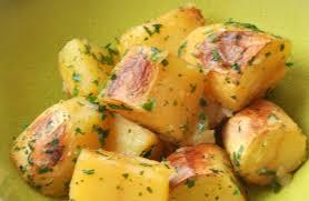 cuisiner la pomme de terre c est moi qui l ai fait pommes de terre rôties sans matières grasses