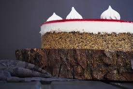 fã llungen hochzeitstorte mohn joghurt torte mit himbeerspiegel what bakes me smile