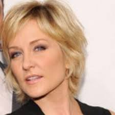 back view of amy carlson hair amy carlson actress blue bloods born in glen ellyn illinois amy