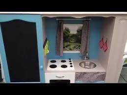 fabriquer une cuisine en bois pour enfant transformer un meuble tv en cuisine pour enfant