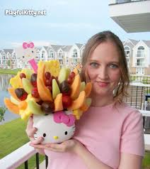 edible arrangements gets their hello kitty on playful kitty