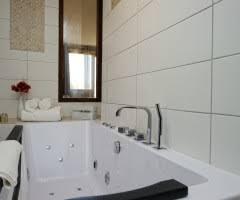 chambre baignoire balneo chambres suites archives hôtel a cheda lodge de charme à