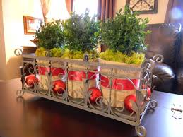 Easy Christmas Centerpiece - wonderful easy christmas centerpieces deco presenting green white
