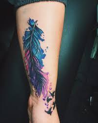 arti tato bulu merak best 24 feather tattoos ide desain untuk pria dan wanita ide seni tato