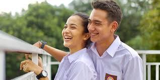 film cinta anak sekolah 5 film dengan kisah cinta anak sma yang paling romantis bikin baper