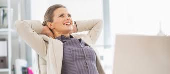 position assise bureau bureau éviter les pièges de la position assise psychologies com