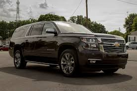 Celebrity Drive Chris Daughtry Is A Chevy Suburban Dad Motor