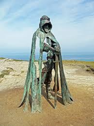 statue of king arthur at tintagel cornwall pics