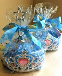 princess candy bags for my great niece take a clear bag put it inside a crown fill it