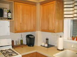 remove grease from kitchen cabinets awesome how to remove grease from kitchen cabinets home design