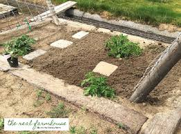 how much is 3000 square feet how much time does it really take to maintain a 3000 square foot garden