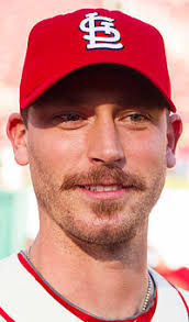 John Axford - 200px-Johnaxford2013cardinals
