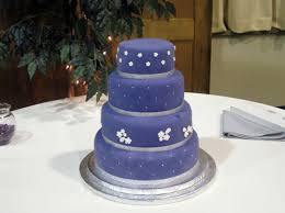simple purple and blue wedding cakes