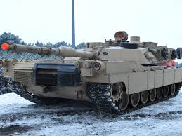 Backyard Artillery The Us Places Tanks In Eastern Europe Business Insider