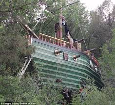Pirate Ship Backyard Playset by 141 Best Cubby House Playgrounds Images On Pinterest Cubby