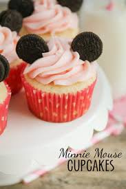 minnie mouse cupcakes the baker upstairs minnie mouse cupcakes