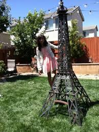 Eiffel Tower Garden Decor Eiffel Tower Painted And Wrapped With Chicken Wire Garden