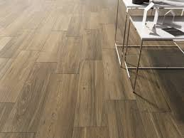 floor and decor ceramic tile ceramic tile that looks like hardwood floors grey wood look