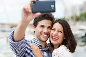 Take A Selfie Need To Step Up Your Social Media Game Here U0027s How To Take A Great