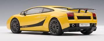 lamborghini gallardo superleggera yellow lamborghini gallardo superleggera in giallo midas metallic