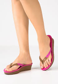 ugg wedge sandals sale check the collection ugg sandals with price cheap up to