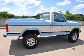 Vintage Ford 4x4 Truck - 1986 ford f 150 lariat xlt 4x4