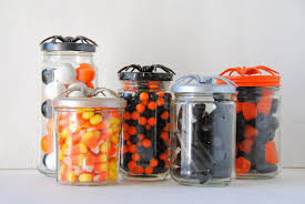 Mason Jars Halloween by A Pretty Cool Life Diy Spider Topped Halloween Candy Jars