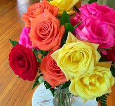 how to arrange mixed rose bouquets from ftd ftd com