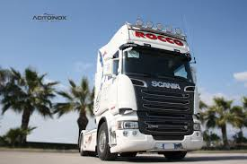 volvo kamioni scania v8 r 560 team rocco by acitoinox truck tuning scania