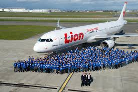 lion air indonesia s lion air bans pilot from flying after he offended flight