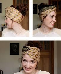 cuisiner les chignons tuto coiffure pour cheveux un chignon turban avec un foulard