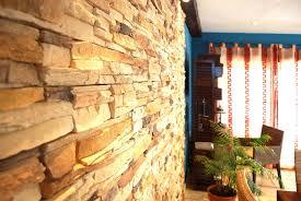 Wohnzimmer Natursteinwand Natursteinwand Anspruchsvolle On Moderne Dekoration In Unternehmen