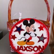 mickey mouse easter basket shop mickey mouse party favors on wanelo
