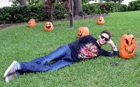 halloween horror nights shirts universal orlando close up halloween horror nights merhandise