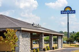 Comfort Inn Crafton Pa Days Inn Pittsburgh Harmarville Pittsburgh Hotels Pa 15238