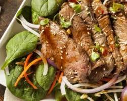cuisine asiatique boeuf recette de salade asiatique de bœuf aux légumes