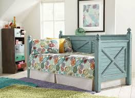 Mattress For Daybed Woodhaven Daybed In Blue With Free Mattress