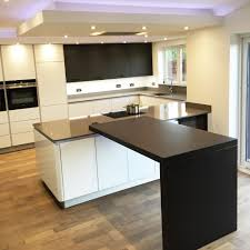 white gloss next125 kitchen with gris expo silestone u0026 sirius