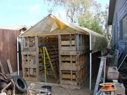pallet house plans free best of ve seen people turn pallets into