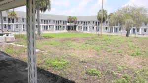 the everglades hotel and nite club abandoned youtube